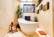 How To Accessorize A Bathroom With A New Vintage Bathtub